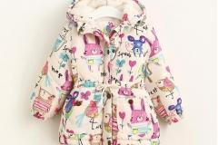 Girl-winter-hoodie-jacket